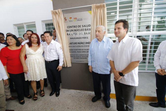Atestigua Gaudiano inauguración de Centro de Salud en la Cruz del Bajío
