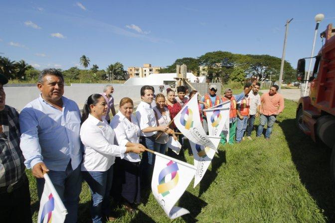Lleva Gaudiano inversión de 13.5 MDP aTierra Colorada; inaugura rehabilitación del mercado