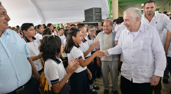 Entregará ANJ obras sociales en Tacotalpa