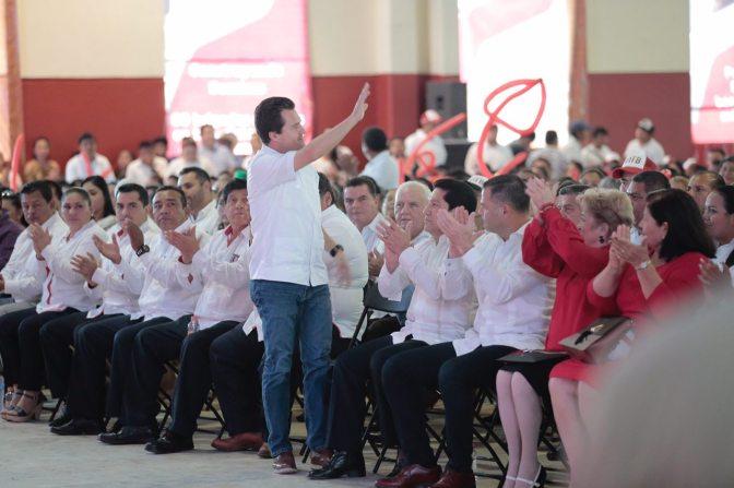 Asiste Gaudiano a informe de labores del edil de Tenosique