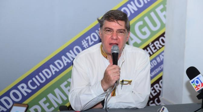 Renuncia Fernando Mayans al PRD y se suma a Morena
