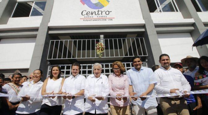 Cumple Gaudiano sueño de pobladores al inaugurar el mercado dePlayas del Rosario