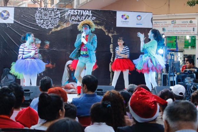 """Disfrutan familias de música y espectáculos en la zona luz, durante """"Festival Navideño Villahermosa"""""""