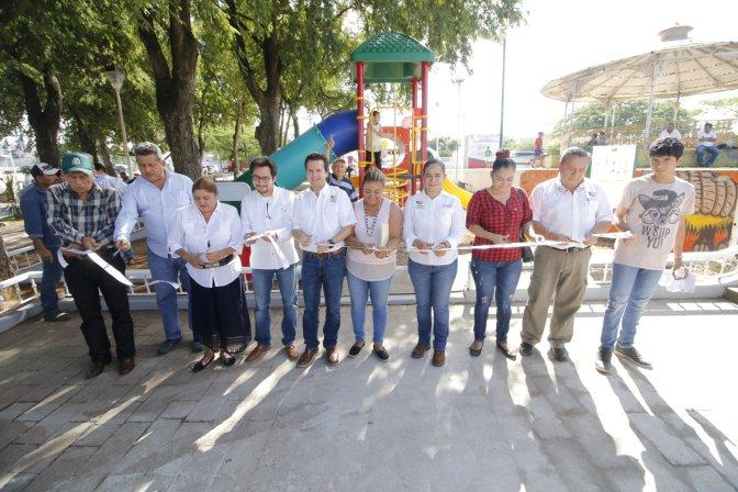 """Parque de Tierra Colorada es rescatado gracias a una alianza de Centro y """"Vive tu Parque"""""""