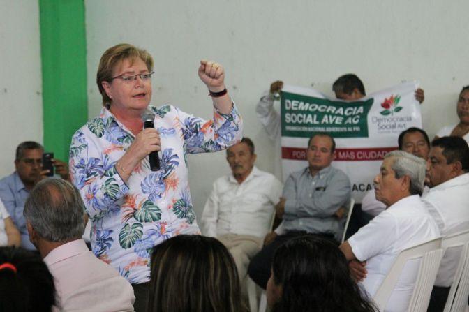 Llama Gina Trujillo a recuperar el liderazgo productivo en el campo
