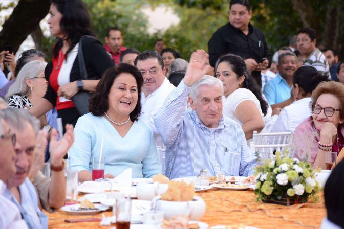 Felicitan a Núñez por su cumpleaños