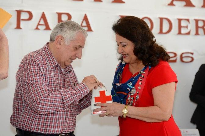 A ser solidarios con la Cruz Roja, llama Núñez