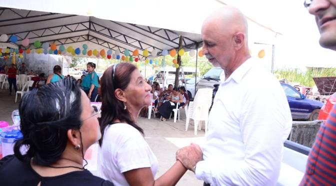 Créditos hasta por 60 mil pesos a mujeres de Centro: Mier y Terán