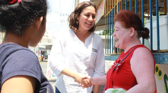 Apoyaré a las mujeres con recursos para talleres de capacitación: Violeta Caballero