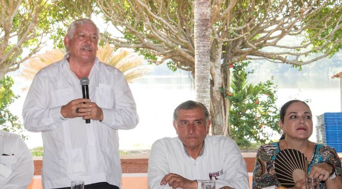 Acuerdan Adán Augusto y Víctor Villalobos potencializar campo tabasqueño