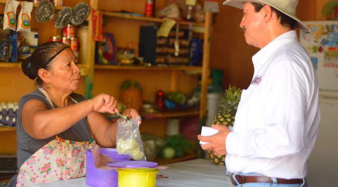 Ofrece Evaristo apoyo a jóvenes y a personas con capacidades especiales