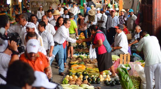 Recuperar la economía de traspatio y la conservación de árboles frutales, propone Evaristo Hernández