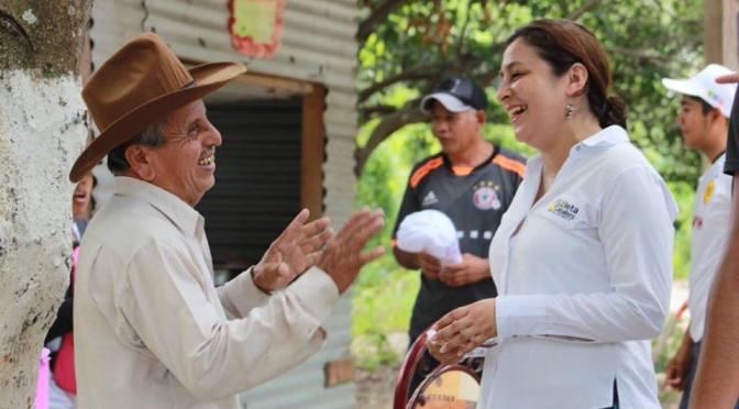 Regresaré a todos los rincones a dar mi respaldo: Violeta Caballero