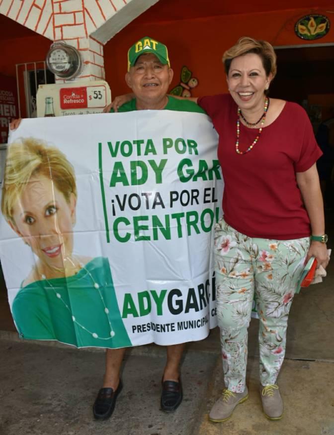 Juntos, pueblo y gobierno, resolveremos problemas de Centro: Ady García