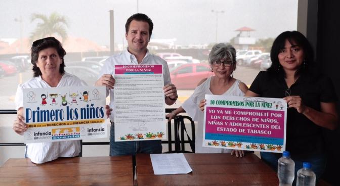 Firma Gerardo Gaudiano los Diez Compromisos por la Niñez