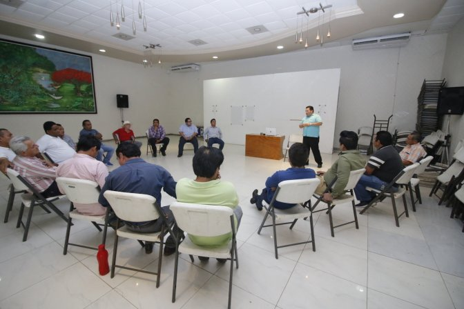 Imparten en Centro taller sobre perspectiva de género y nuevas masculinidades
