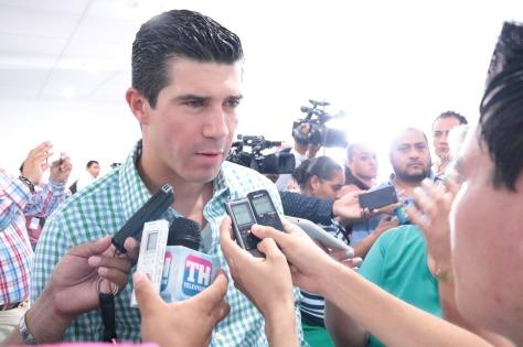 Pide Federico Madrazo destrabar iniciativas del Congreso del Estado