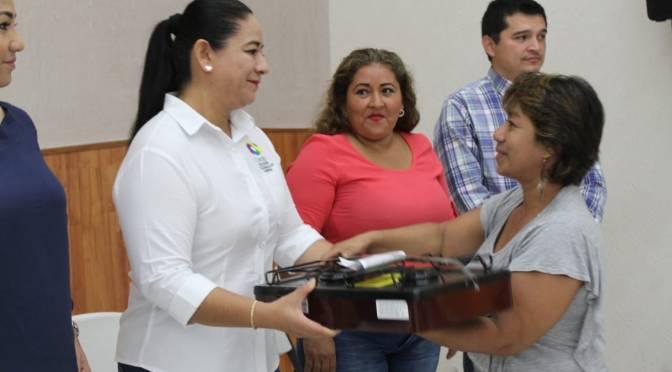 Concluye Casilda Ruiz entrega de quemadores a 344 mujeres de Centro