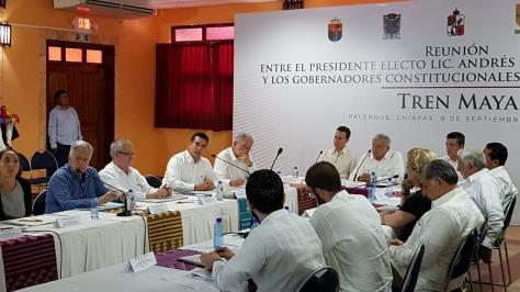 09SEPT2018-TREN MAYA REUNIÓN REGIONAL GOBERNADORES CON PDTE ELECTO14.jpg
