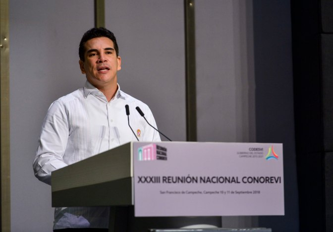 Demanda el gobernador de Campeche atender necesidades de vivienda en cada región del país