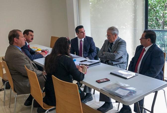 Plantea gobernador de Campeche que próximo gobierno federal fortalezca los servicios de Salud en el Estado