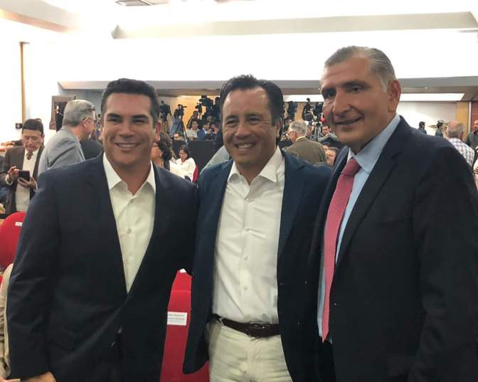 Asiste gobernador de Campeche a la presentacion del programa de AMLO 'Sembrando Vida'