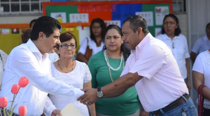 Recuperará Centro valores perdidos de familias y estudiantes