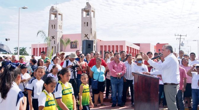 Serán obras sociales, distintivo del próximo gobierno estatal: Adán Augusto López Hernández