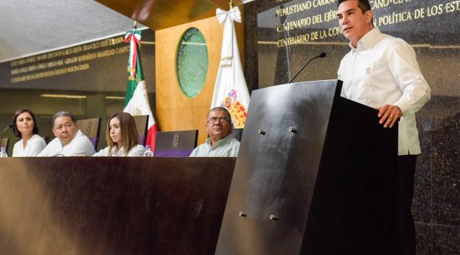 Convoca el gobernador Alejandro Moreno Cárdenas a nueva Legislatura a trabajar unidos por el desarrollo de Campeche
