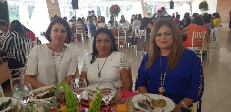Desayuno de damas voluntarias DIF Centro. 221118 (4)