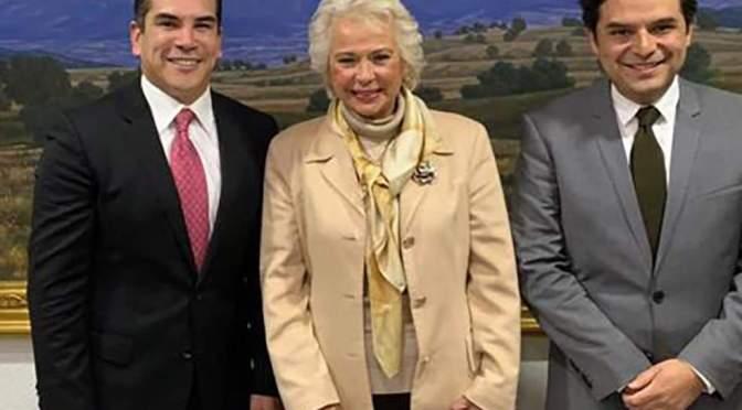 Sostiene gobernador de Campeche reunión de trabajo con próximos titulares de Gobernación y Turismo