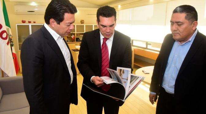 Entrega el gobernador de Campeche a diputados federales proyecto del Presupuesto de Egresos 2019
