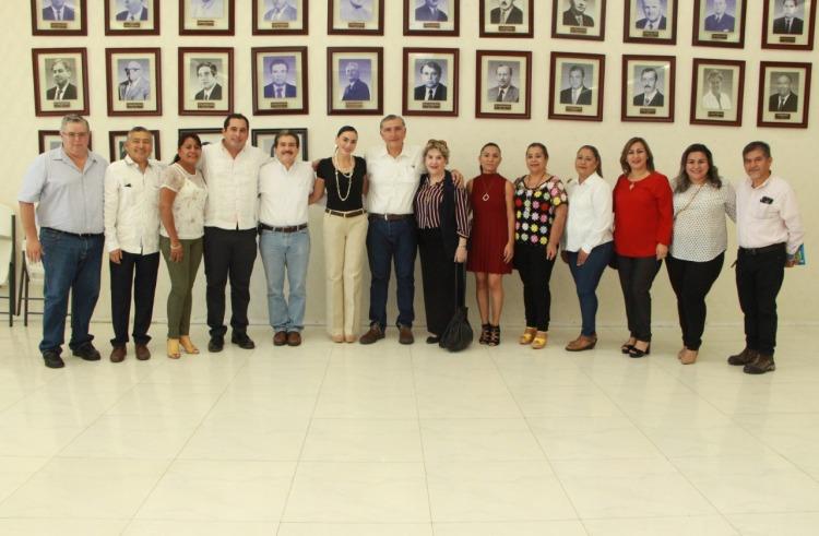 Visita de AALH en Palacio Municipal. 011118 (1)