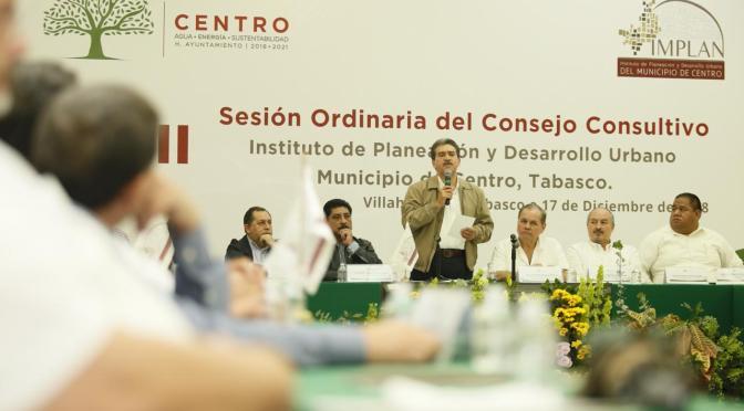 'Corresponde a Centro ser actores de los grandes cambios que vienen'