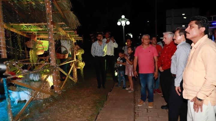 Encendido navideño en Centro. 031218 (3)