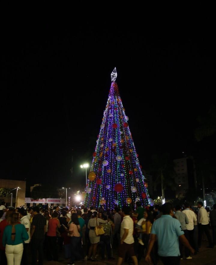 Encendido navideño en Centro. 031218 (4)