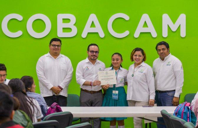 Clausura Walter Olivera taller de Comunicación dirigido a estudiantes del COBAM