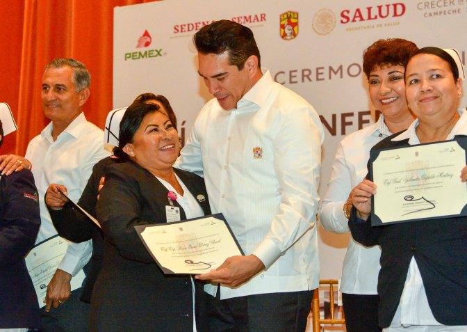 Convoca el gobernador Alejandro Moreno Cárdenas a suma de esfuerzos para vencer retos en 2019