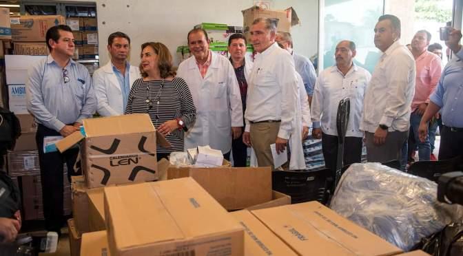 """Supervisa el gobernador Adán Augusto López abasto de medicamentos al """"Juan Graham"""""""