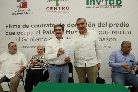 firma de contrato de donación de predio 160119 (4)