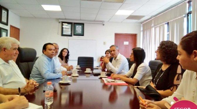 Se reúne el secretario de Gobierno Marcos Rosendo con Bucio Mujica