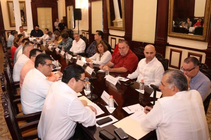 Se reúne Adán Augusto con gabinete para revisar temas prioritarios