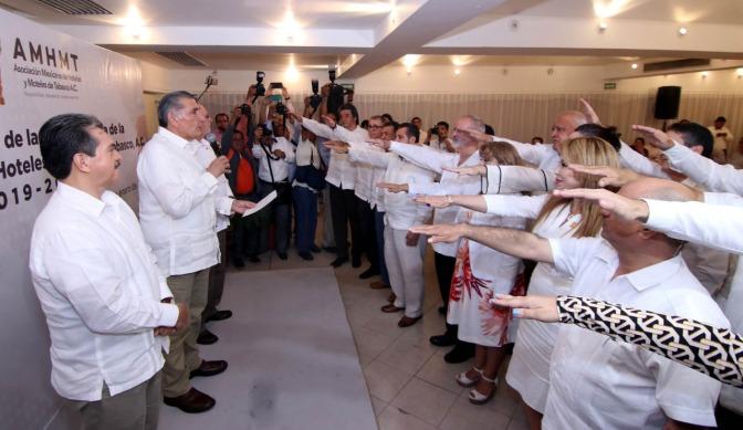 Villahermosa tendrá moderno Centro de Convenciones: Adán Augusto  López Hernández