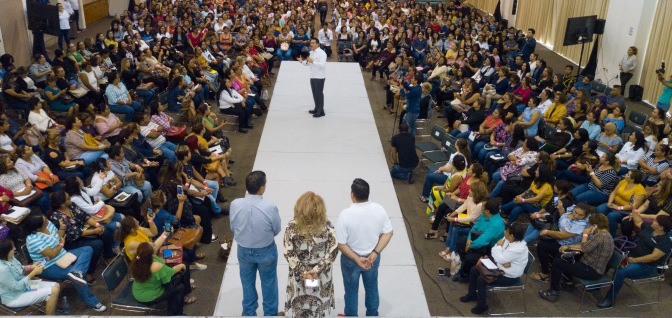 Refrenda gobernador Alejandro Moreno Cárdenas respaldo a empresarios campechanos