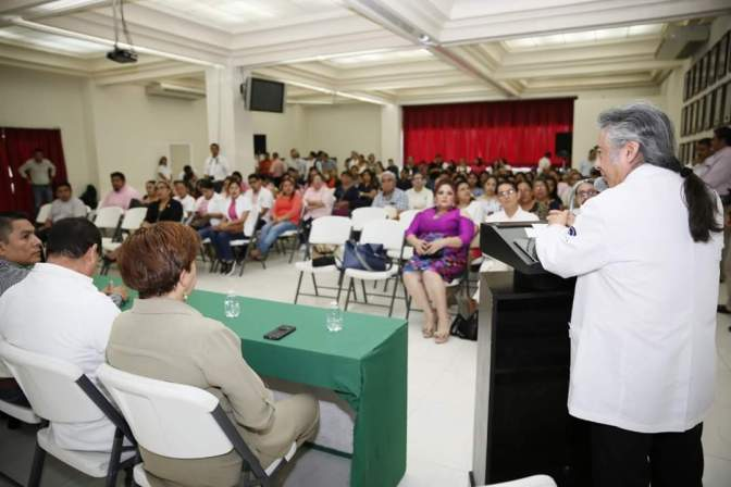 Concientizan sobre detección oportuna del cáncer en Centro