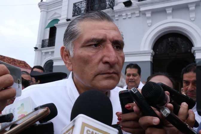 Lamenta  gobernador de Tabasco, Adán Augusto López Hernández, asesinato de comunicador