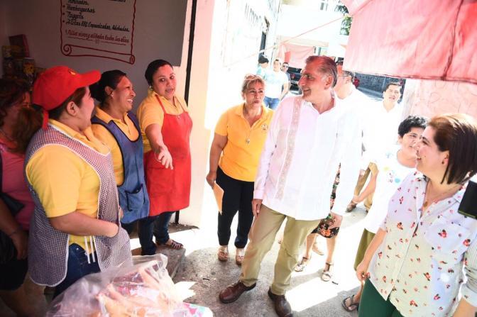 Programas sociales sin tintes políticos, garantiza Adán Augusto