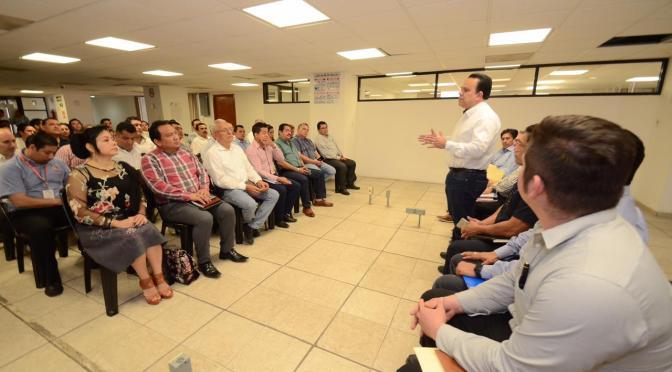 Mayor seguridad a comerciantes, ofrece Marcos Rosendo Medina