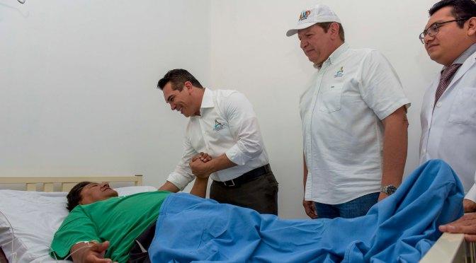 Entrega gobernador Alejandro Moreno infraestructura de salud en Candelaria