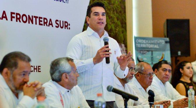 """Ratifica gobernador de Campeche respaldo total al Tren Maya : """"es viable y significa crecimiento para el Sur- Sureste"""""""